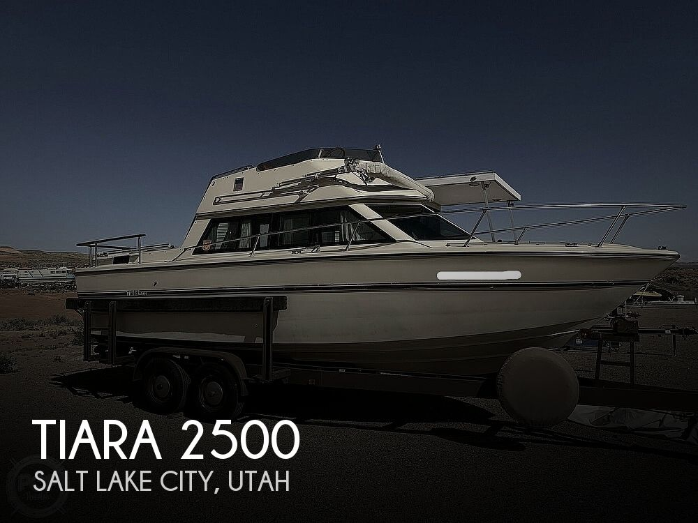 1978 Tiara Yachts boat for sale, model of the boat is 2500 & Image # 1 of 41
