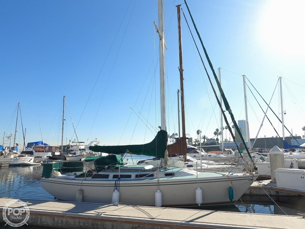 1980 Catalina Yachts boat for sale, model of the boat is 30 & Image # 4 of 40