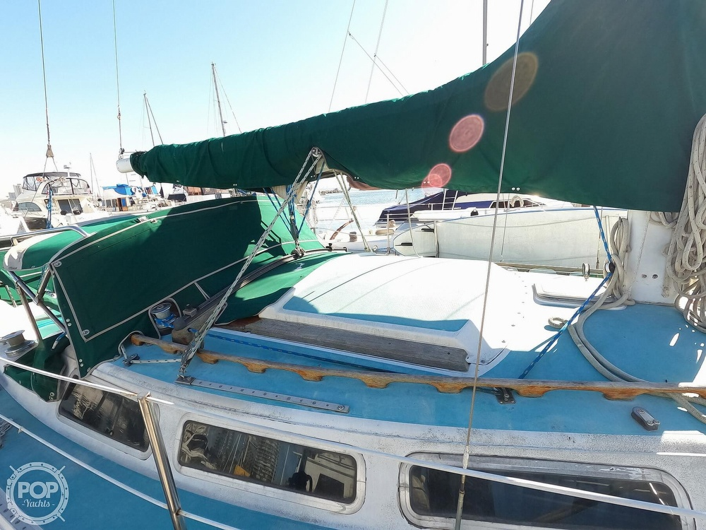 1980 Catalina Yachts boat for sale, model of the boat is 30 & Image # 22 of 40