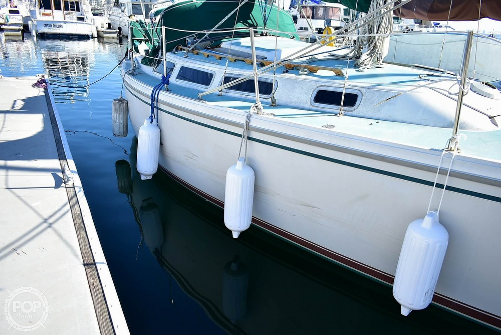 1980 Catalina Yachts boat for sale, model of the boat is 30 & Image # 28 of 40