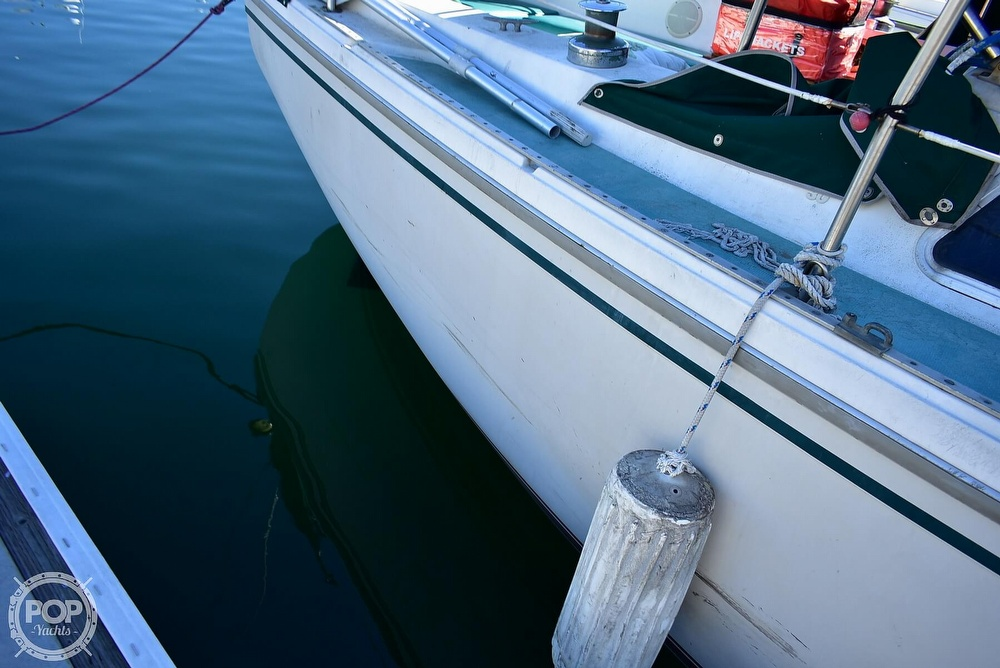 1980 Catalina Yachts boat for sale, model of the boat is 30 & Image # 31 of 40