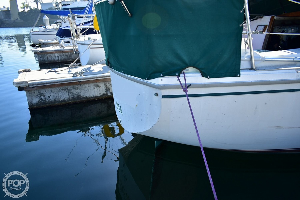 1980 Catalina Yachts boat for sale, model of the boat is 30 & Image # 33 of 40