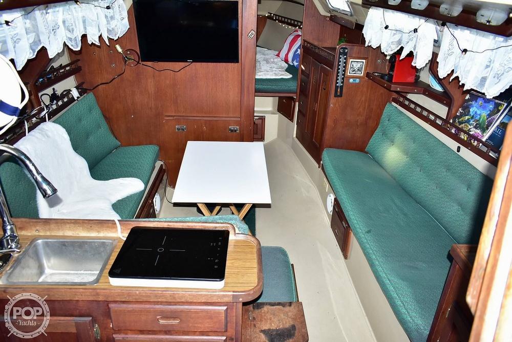 1980 Catalina Yachts boat for sale, model of the boat is 30 & Image # 40 of 40