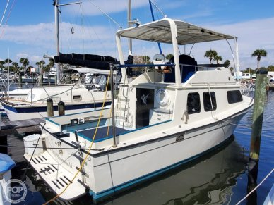Chris-Craft 33 Coho, 33, for sale - $24,995