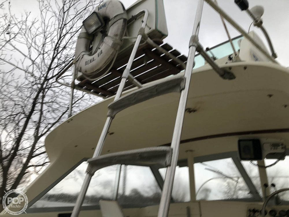 1971 Bertram boat for sale, model of the boat is Flybridge & Image # 16 of 40
