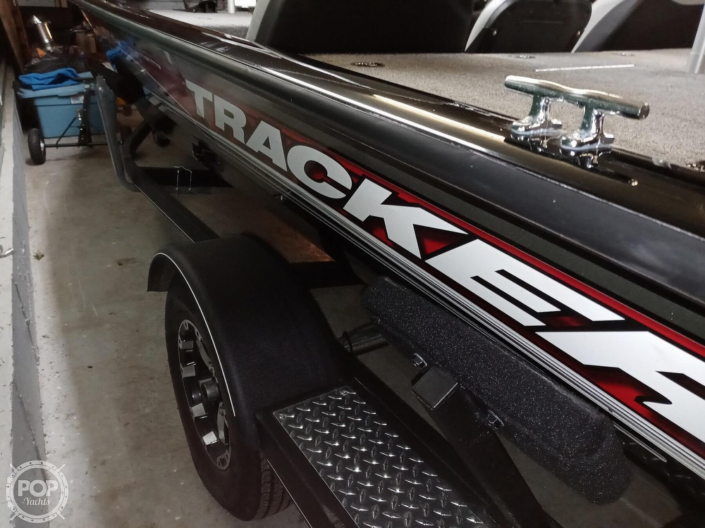 2018 Tracker Boats boat for sale, model of the boat is Bass Tracker PRO TEAM 195 TXW & Image # 33 of 41