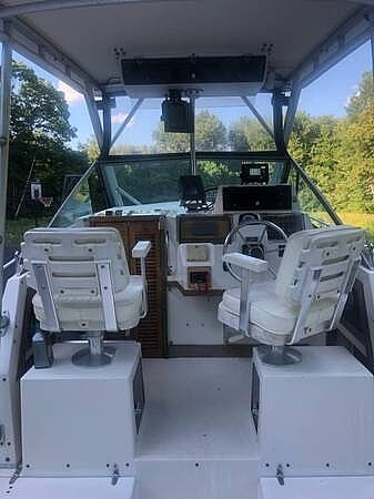 1990 Grady-White boat for sale, model of the boat is Sailfish Sport Bridge 255 & Image # 7 of 40