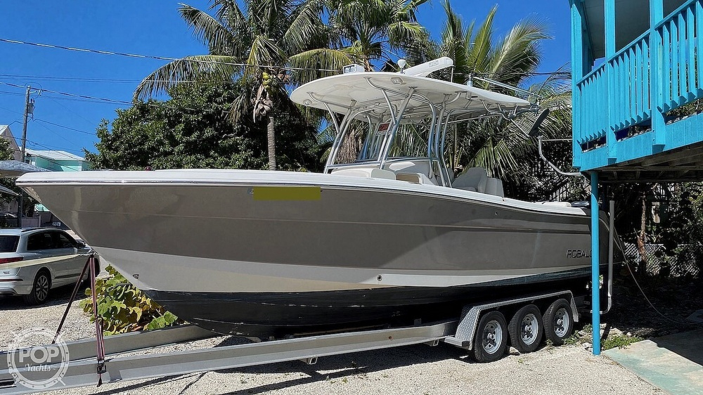 2008 Robalo boat for sale, model of the boat is 300 CC & Image # 7 of 40