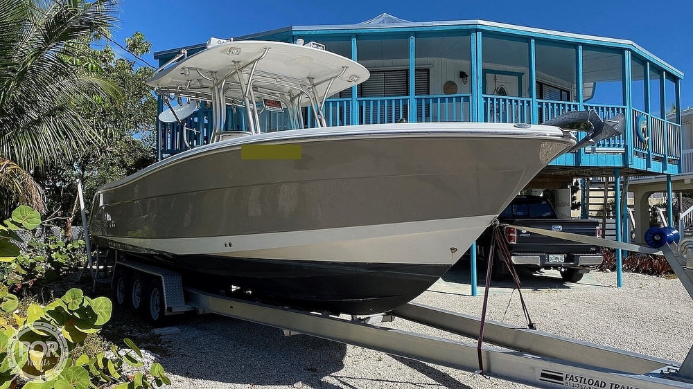 2008 Robalo boat for sale, model of the boat is 300 CC & Image # 11 of 40