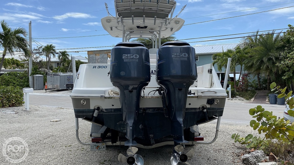 2008 Robalo boat for sale, model of the boat is 300 CC & Image # 5 of 40