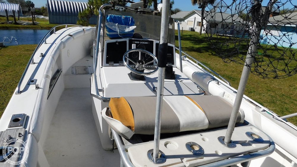 1988 Mid-Ocean boat for sale, model of the boat is 26 CC & Image # 35 of 40