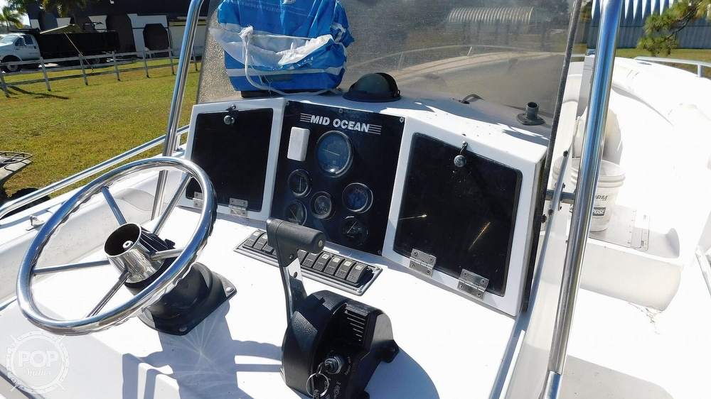 1988 Mid-Ocean boat for sale, model of the boat is 26 CC & Image # 38 of 40