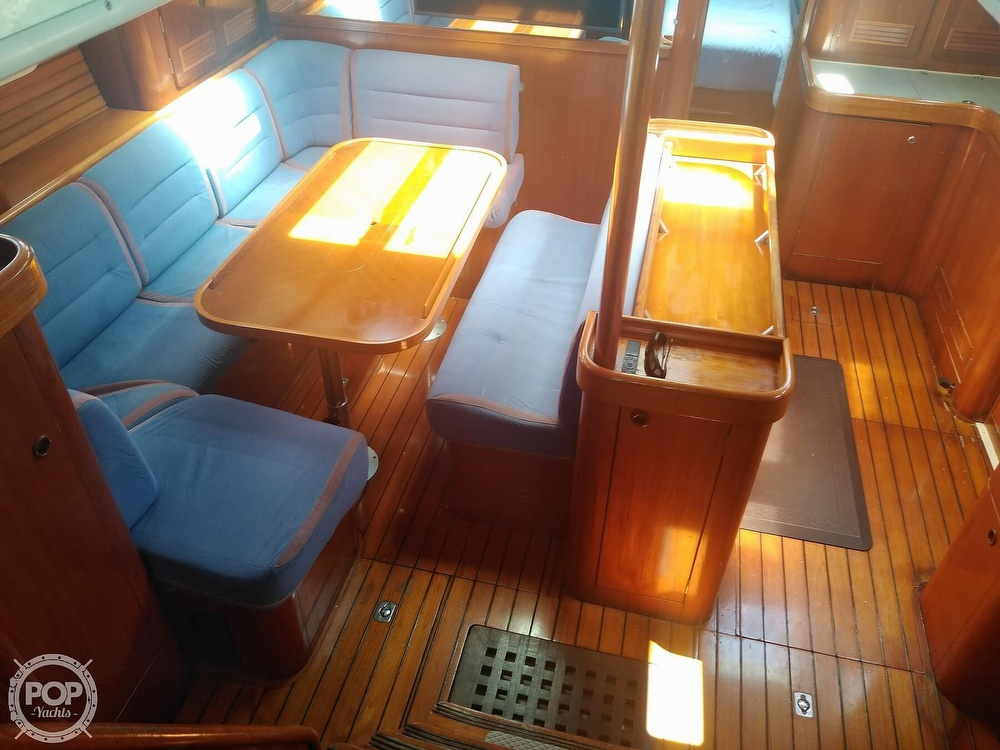 1992 Beneteau boat for sale, model of the boat is Oceanis 510 & Image # 2 of 40