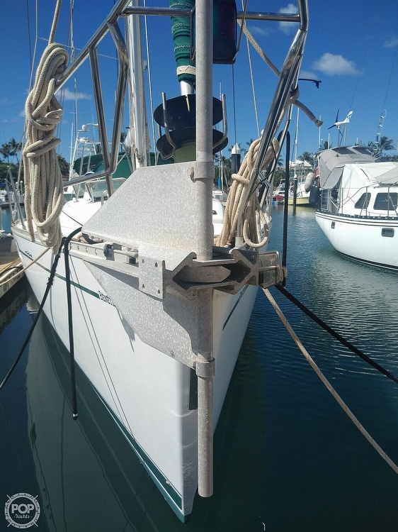 1992 Beneteau boat for sale, model of the boat is Oceanis 510 & Image # 13 of 40