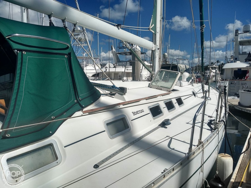 1992 Beneteau boat for sale, model of the boat is Oceanis 510 & Image # 22 of 40