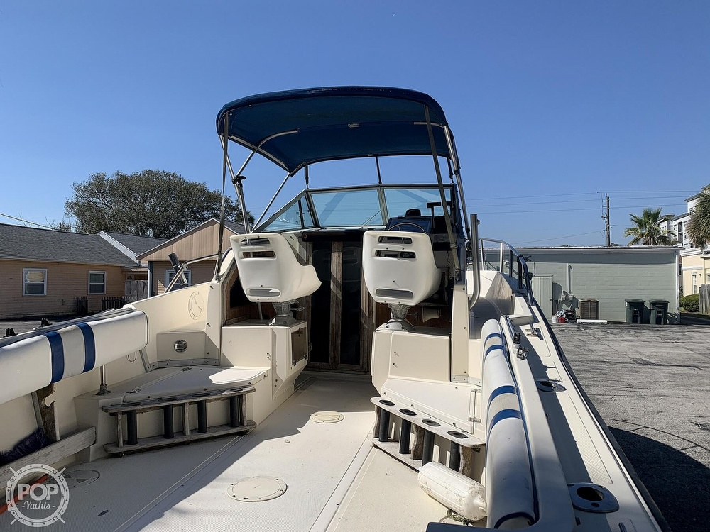 1989 Hydra-Sports boat for sale, model of the boat is Vector 2500WA & Image # 10 of 40
