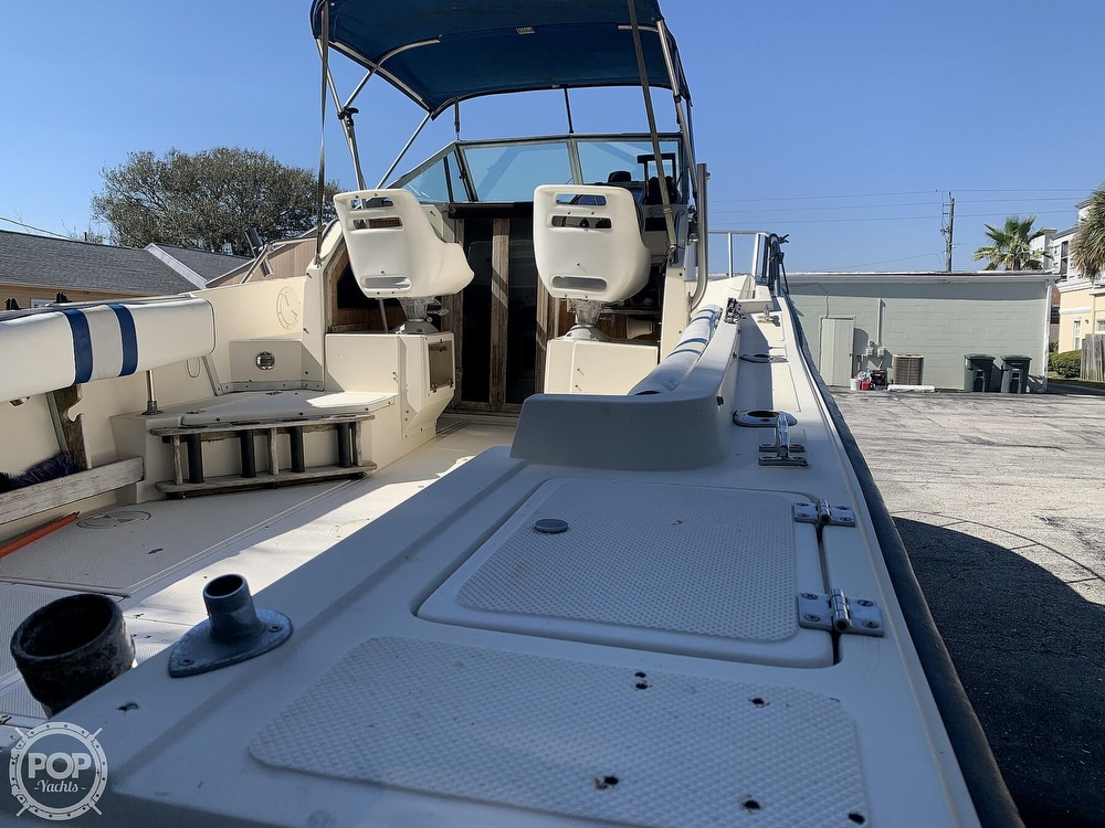 1989 Hydra-Sports boat for sale, model of the boat is Vector 2500WA & Image # 11 of 40