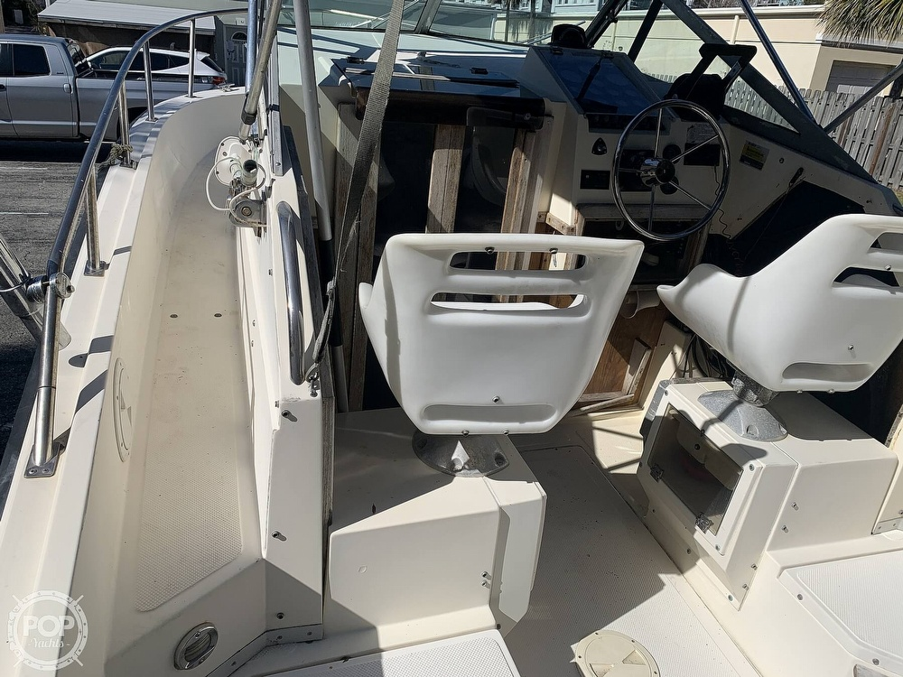 1989 Hydra-Sports boat for sale, model of the boat is Vector 2500WA & Image # 37 of 40