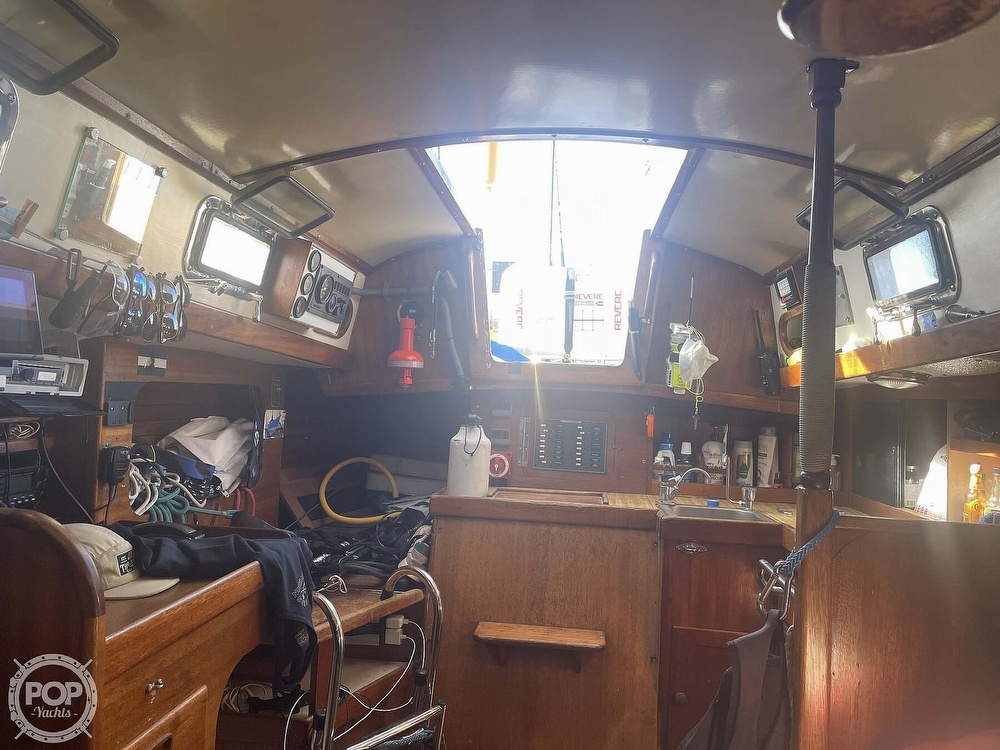 1979 Golden Gate boat for sale, model of the boat is 30 & Image # 25 of 40