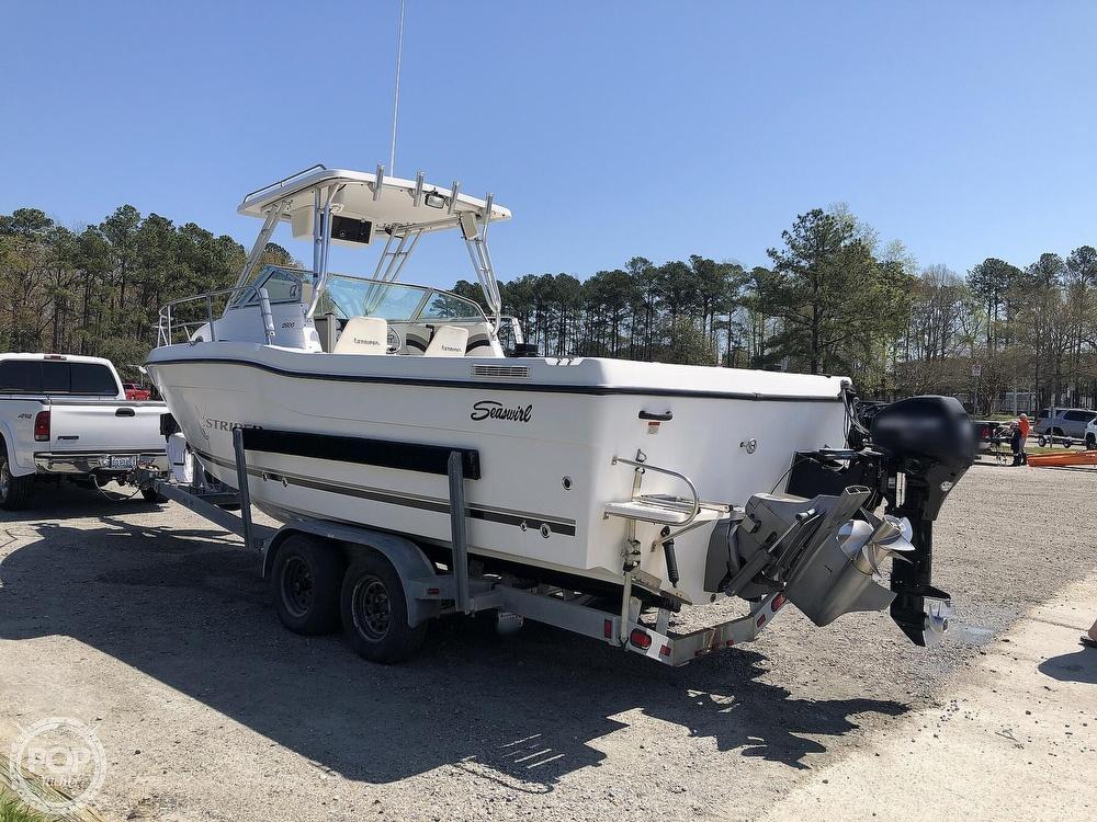 2001 Seaswirl boat for sale, model of the boat is 2600 Striper & Image # 3 of 40