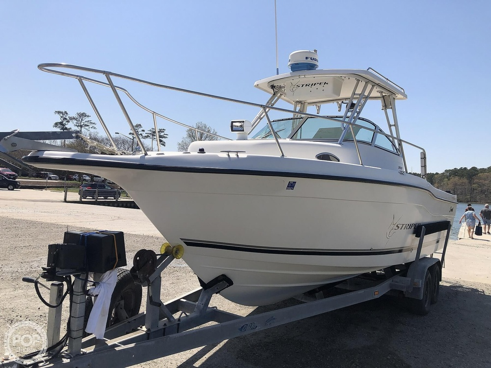 2001 Seaswirl boat for sale, model of the boat is 2600 Striper & Image # 17 of 40