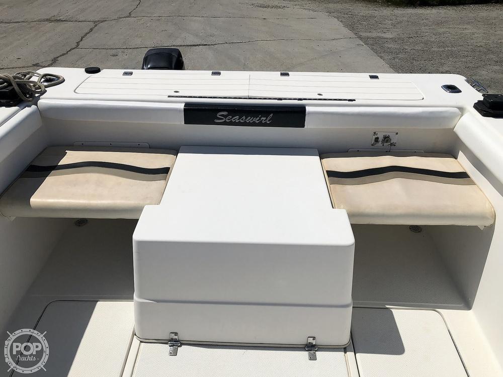 2001 Seaswirl boat for sale, model of the boat is 2600 Striper & Image # 5 of 40