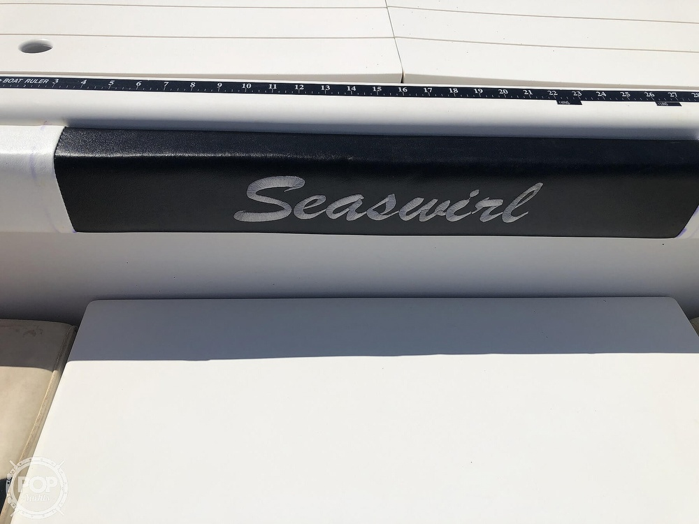 2001 Seaswirl boat for sale, model of the boat is 2600 Striper & Image # 37 of 40