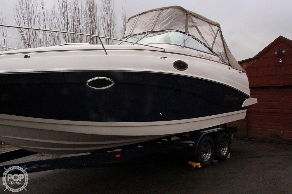 2005 Rinker boat for sale, model of the boat is 250 Fiesta Vee & Image # 5 of 40