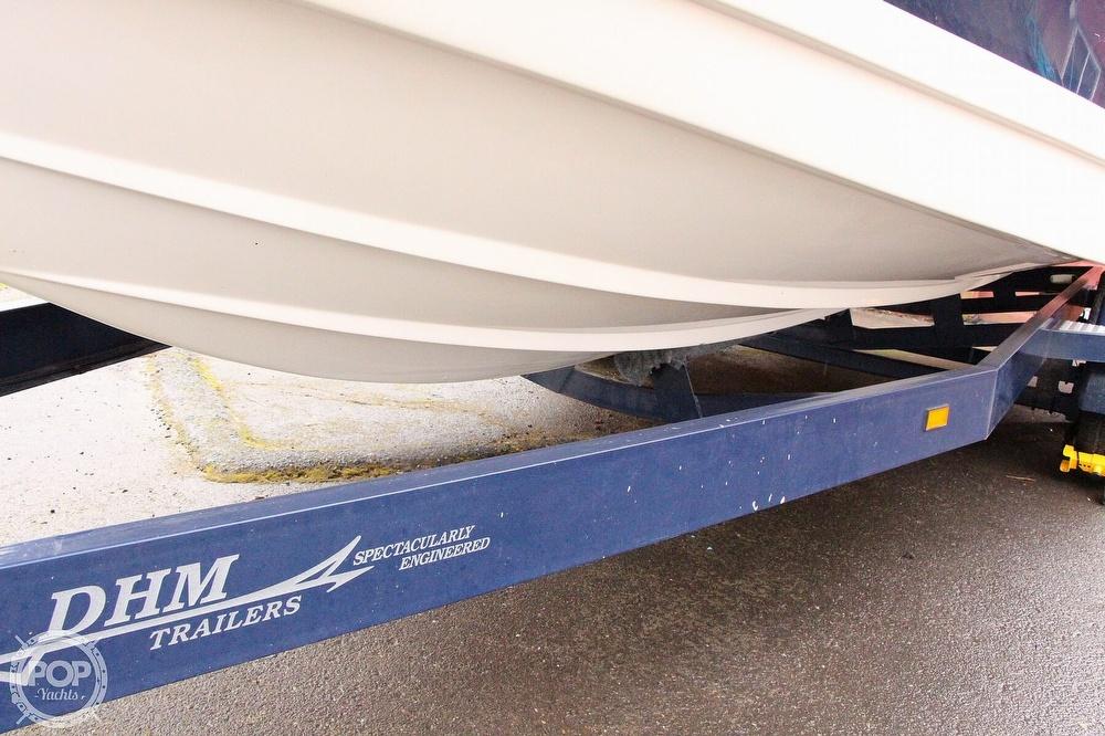 2005 Rinker boat for sale, model of the boat is 250 Fiesta Vee & Image # 8 of 40