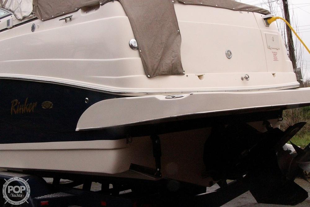 2005 Rinker boat for sale, model of the boat is 250 Fiesta Vee & Image # 10 of 40