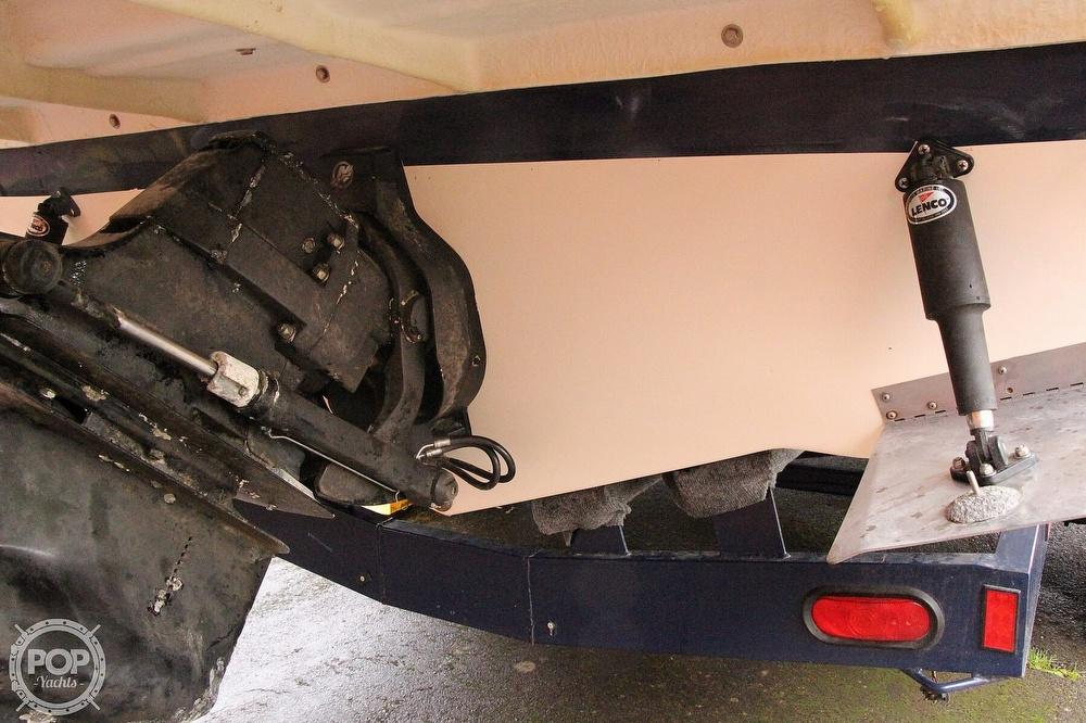 2005 Rinker boat for sale, model of the boat is 250 Fiesta Vee & Image # 15 of 40