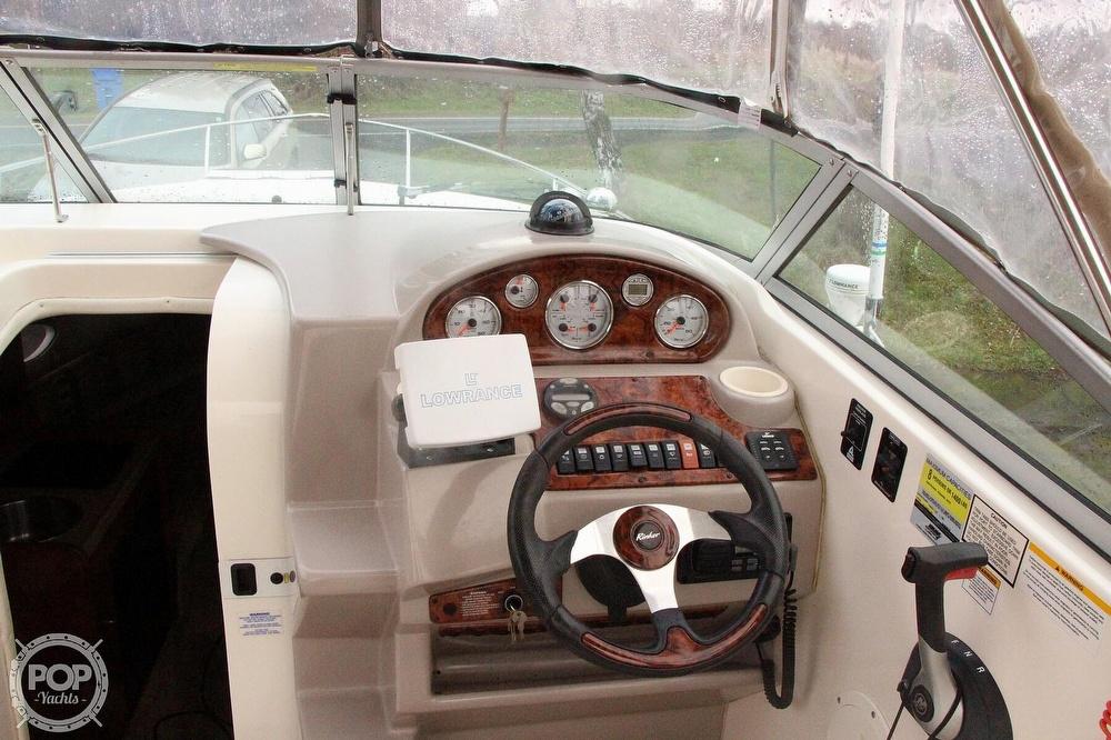 2005 Rinker boat for sale, model of the boat is 250 Fiesta Vee & Image # 6 of 40