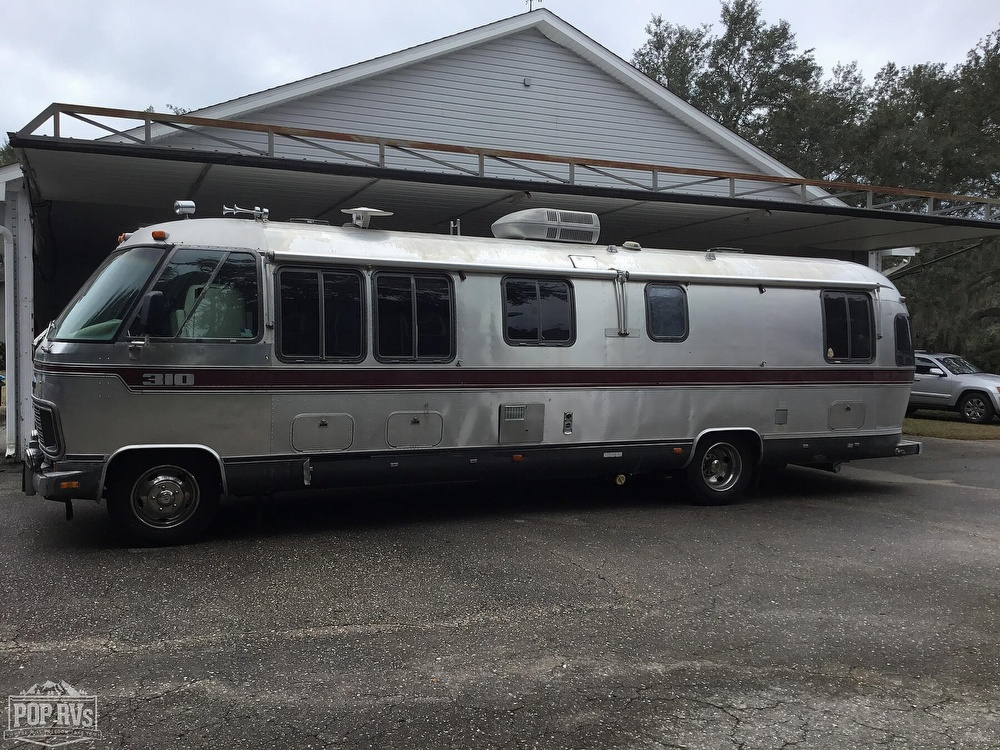 Airstream driver side