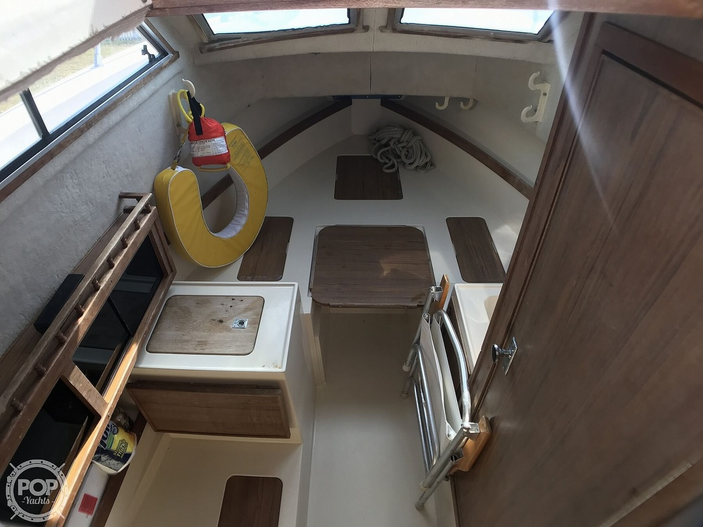 1986 Grady-White boat for sale, model of the boat is Sailfish 25 & Image # 6 of 40