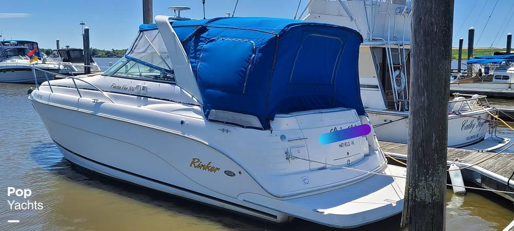 2006 Rinker boat for sale, model of the boat is 300 Fiesta Vee & Image # 2 of 40