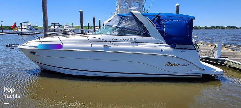 2006 Rinker boat for sale, model of the boat is 300 Fiesta Vee & Image # 3 of 40