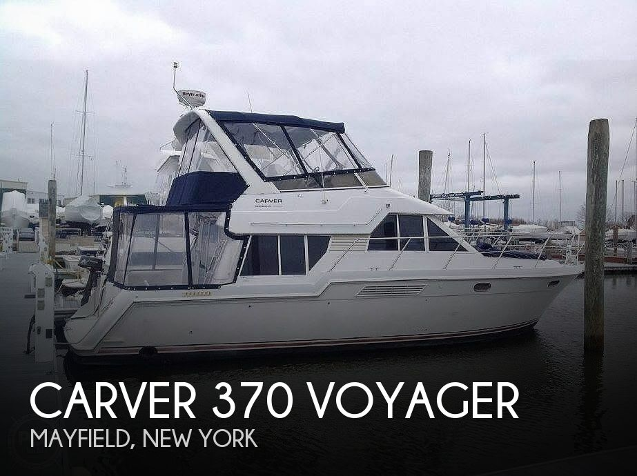 Used Carver Boats For Sale in New York by owner | 1998 Carver 370 Voyager