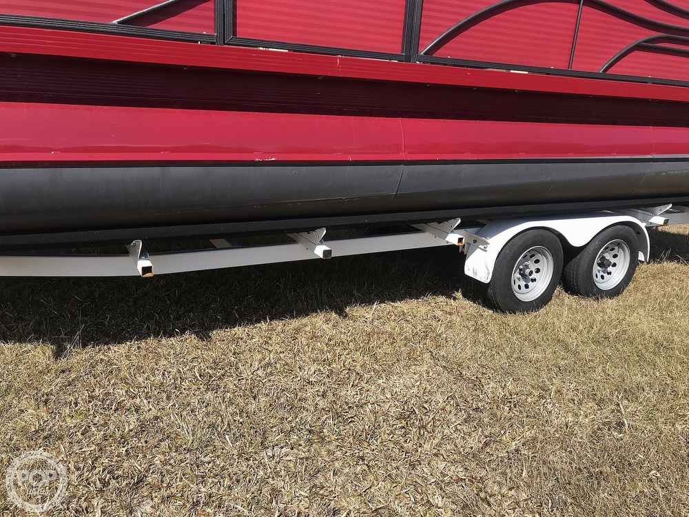 2020 Lexington boat for sale, model of the boat is X-Treme 524 & Image # 9 of 40