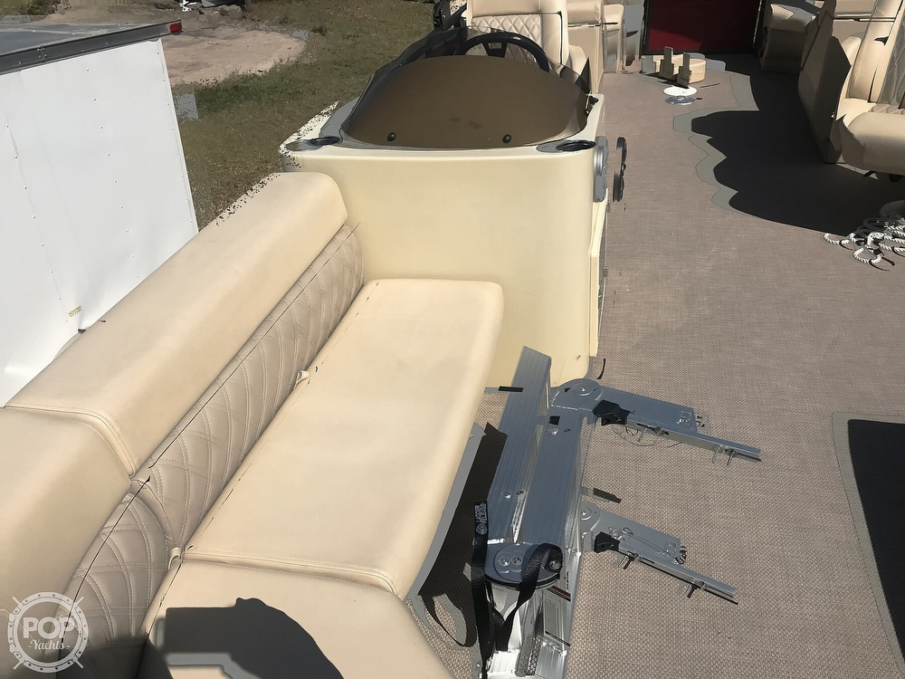 2020 Lexington boat for sale, model of the boat is X-Treme 524 & Image # 21 of 40