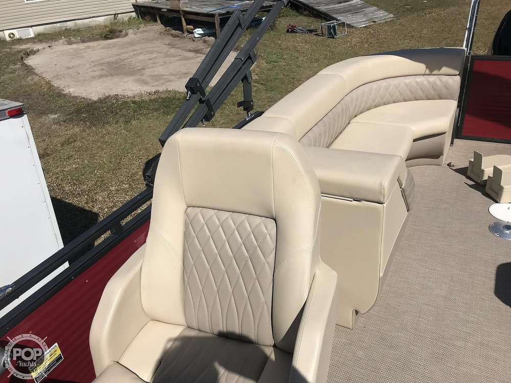 2020 Lexington boat for sale, model of the boat is X-Treme 524 & Image # 35 of 40