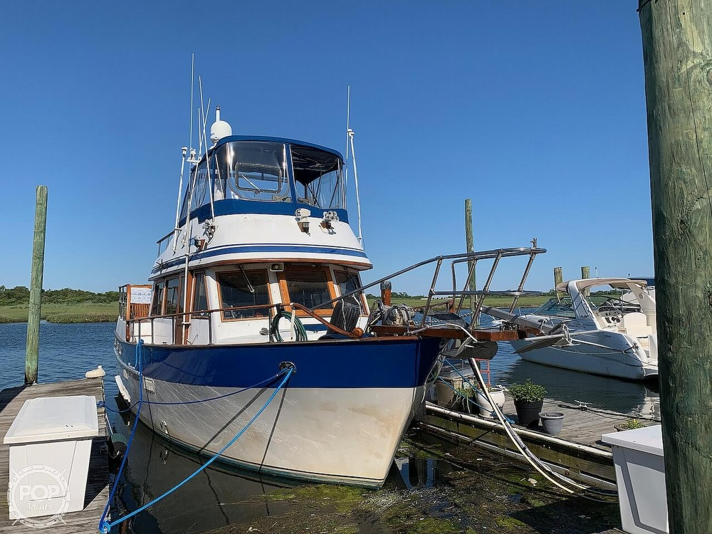 1984 Universal boat for sale, model of the boat is Hampton Bay 39 & Image # 2 of 40