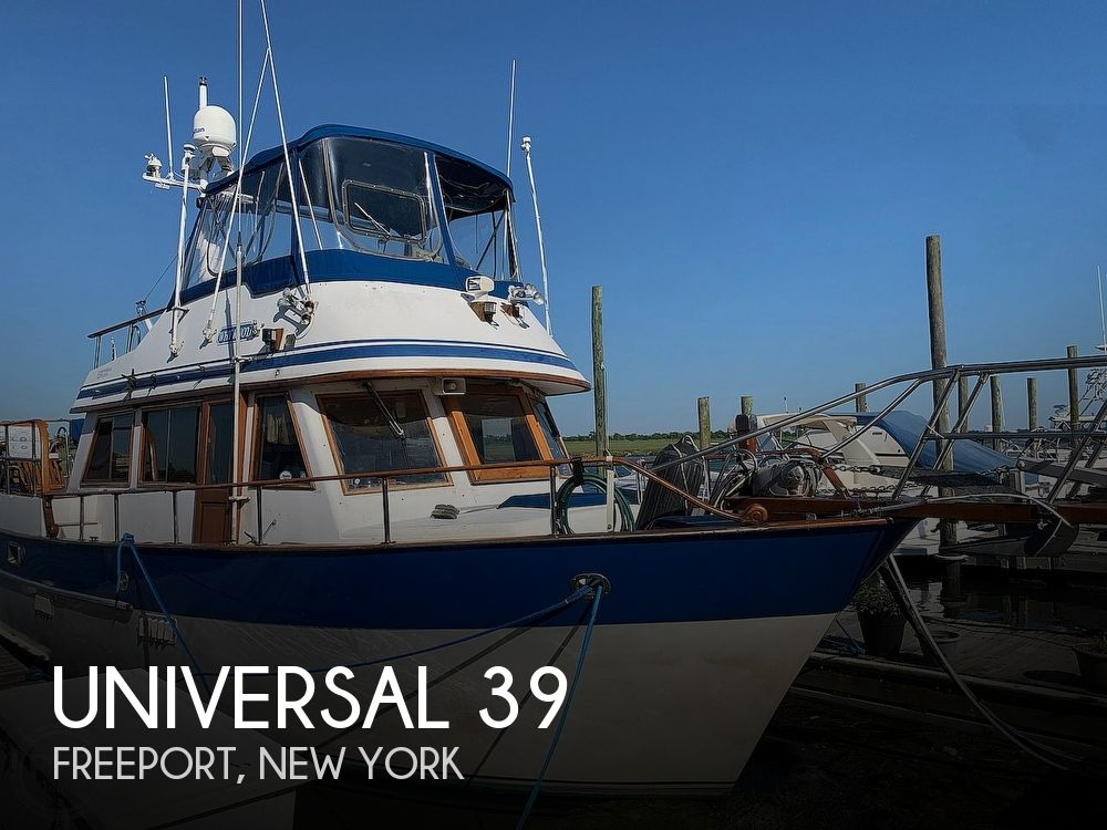 1984 Universal boat for sale, model of the boat is Hampton Bay 39 & Image # 1 of 40