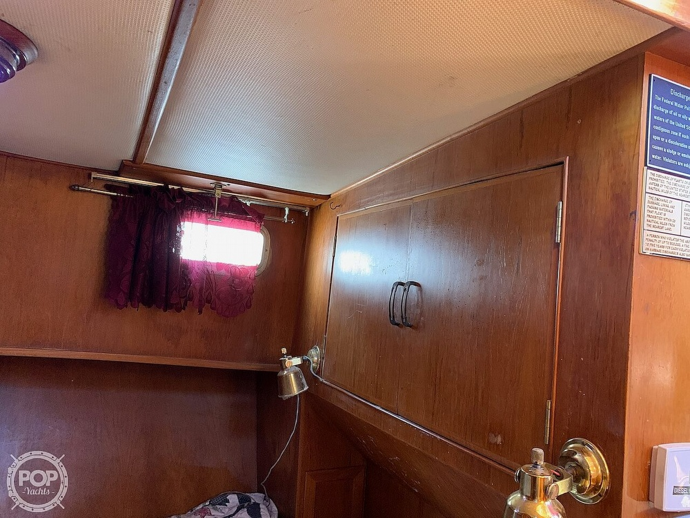 1984 Universal boat for sale, model of the boat is Hampton Bay 39 & Image # 25 of 40