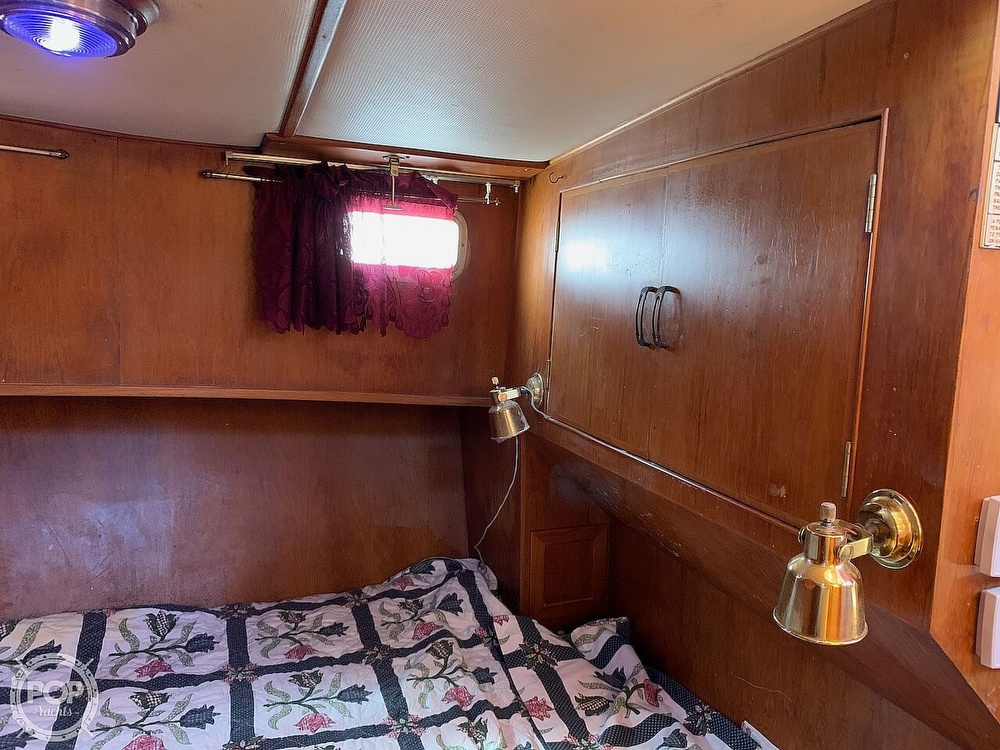 1984 Universal boat for sale, model of the boat is Hampton Bay 39 & Image # 28 of 40