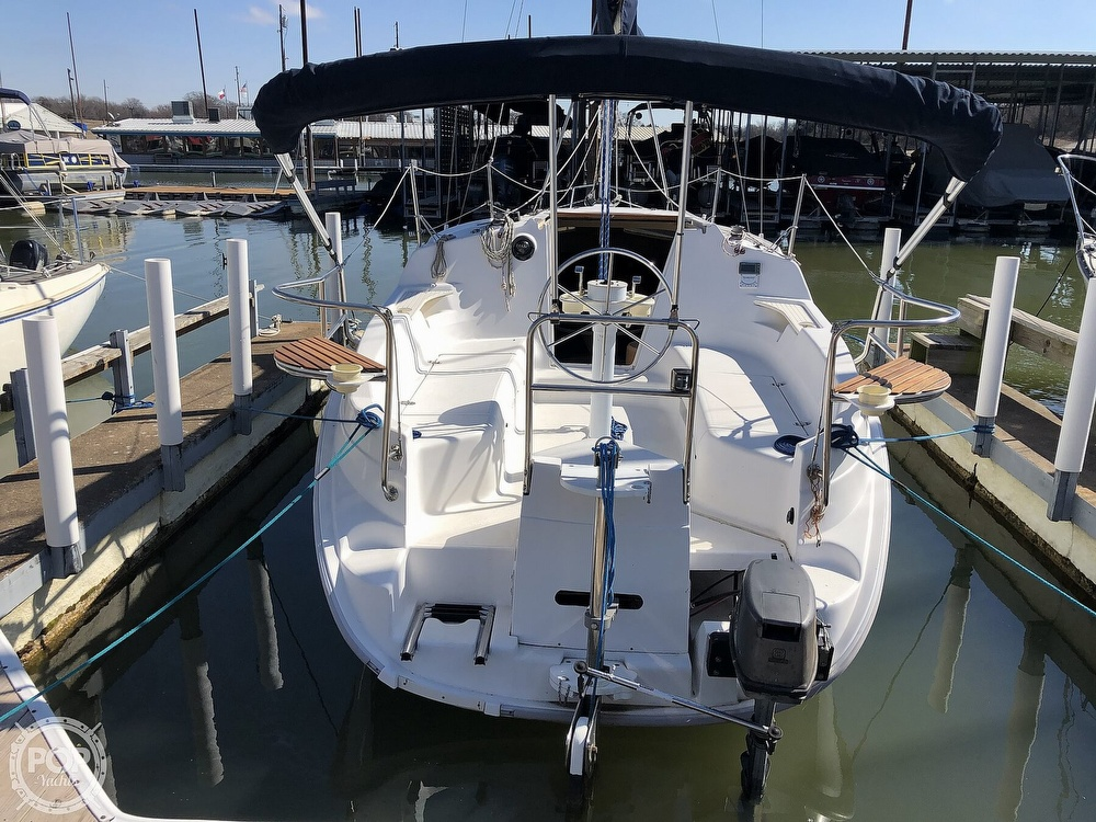1999 Hunter boat for sale, model of the boat is 260 & Image # 9 of 40