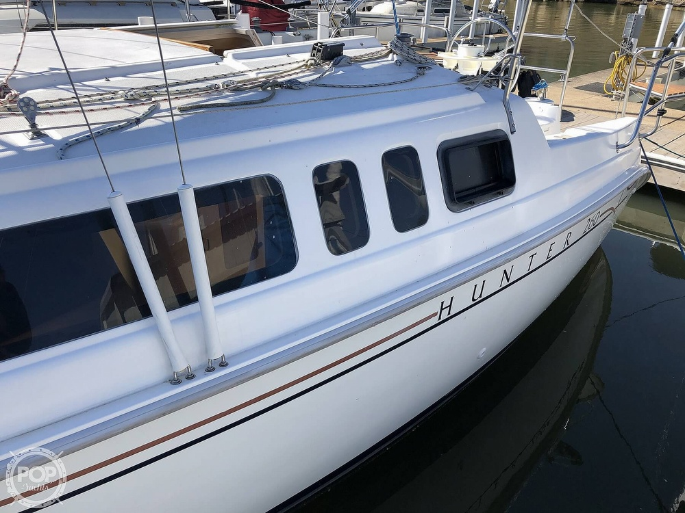 1999 Hunter boat for sale, model of the boat is 260 & Image # 14 of 40