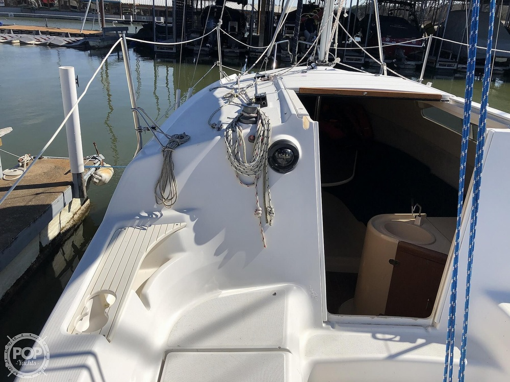 1999 Hunter boat for sale, model of the boat is 260 & Image # 25 of 40
