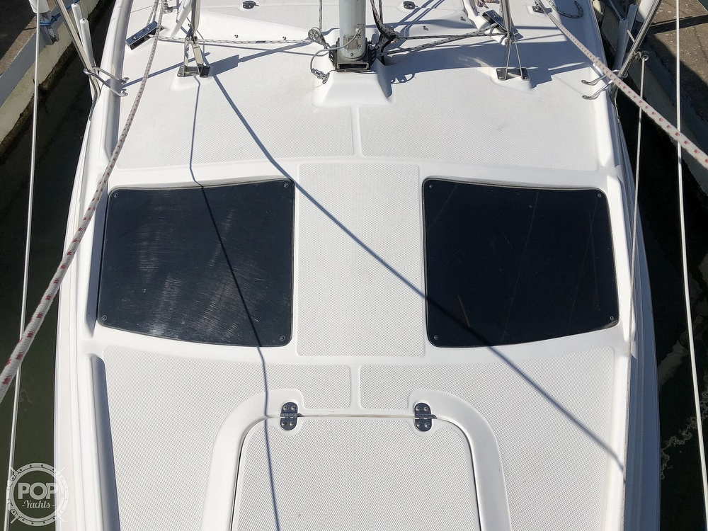 1999 Hunter boat for sale, model of the boat is 260 & Image # 37 of 40