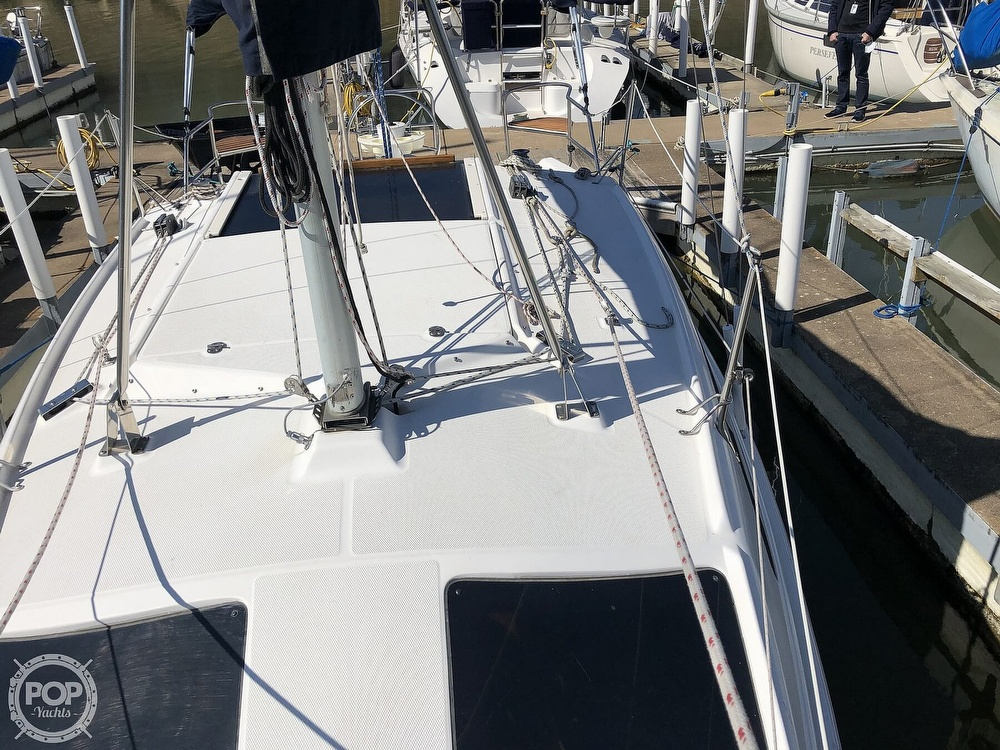 1999 Hunter boat for sale, model of the boat is 260 & Image # 39 of 40