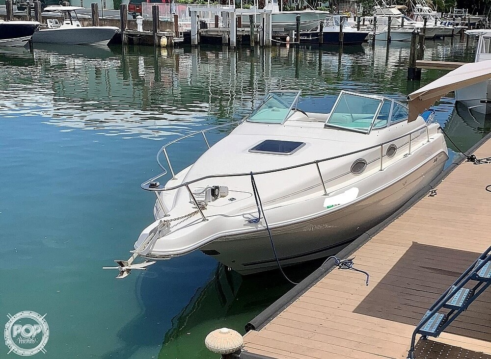 1995 Sea Ray boat for sale, model of the boat is 250 Sundancer & Image # 2 of 40